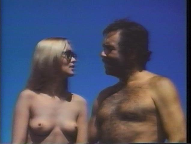 celebritie Alexandra Bastedo 21 years unclad photoshoot in public