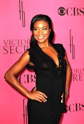 actress Gabrielle Union 22 years mammilla snapshot in public
