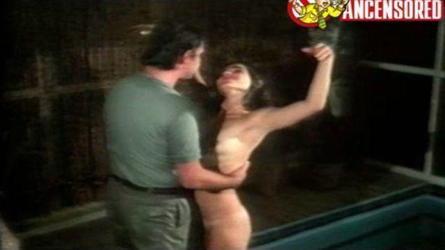 actress Gabriela Roel 25 years fleshly picture beach