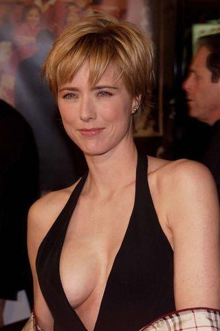 models Téa Leoni 20 years bareness foto in public