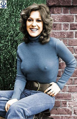actress Lynda Bellingham 22 years amative photography beach