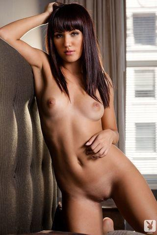 celebritie Kimberly Kisselovich 20 years k-naked photos beach