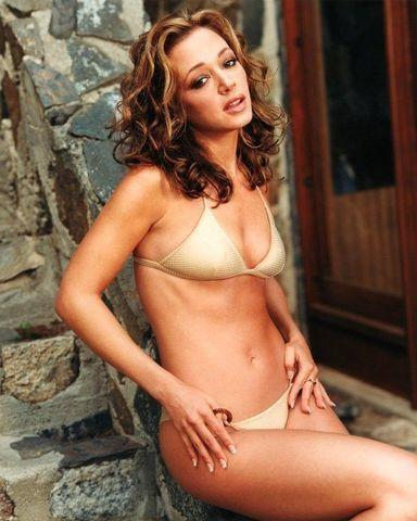 models Leah Remini 20 years leafless picture home
