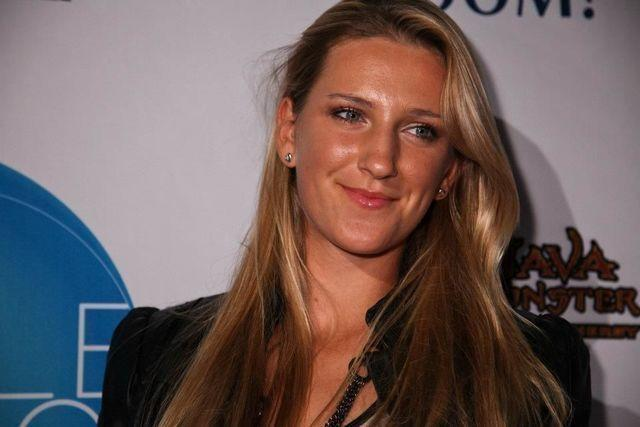 models Victoria Azarenka 2015 carnal snapshot in the club