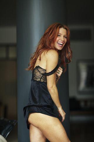 Hot photo Poppy Montgomery tits