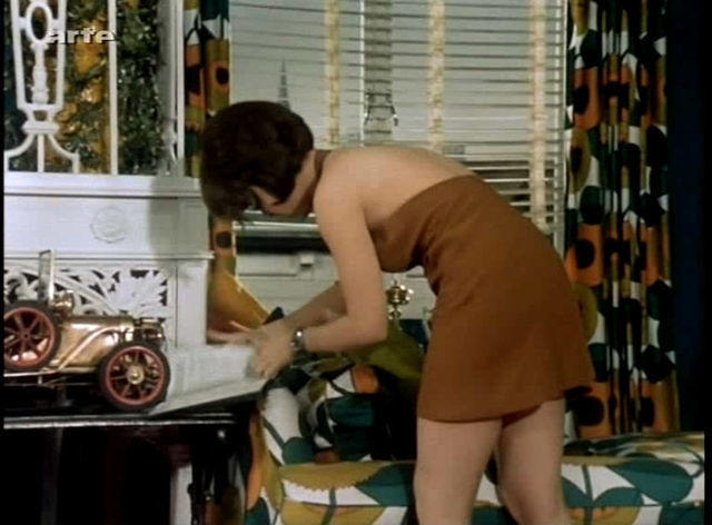 Naked Linda Thorson picture