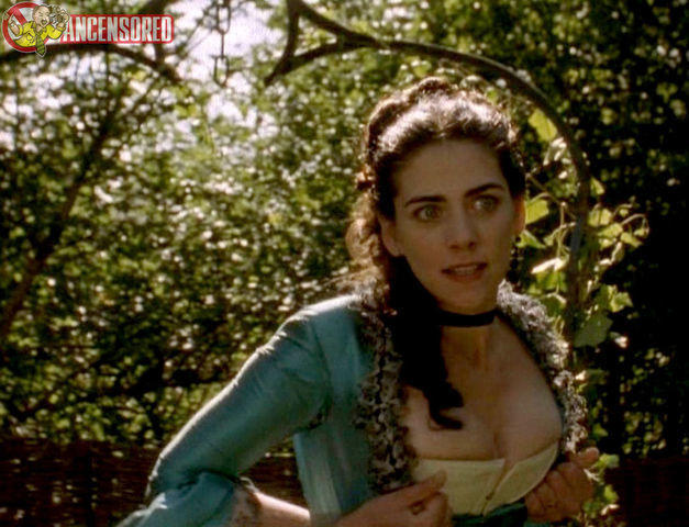 actress Neve McIntosh 24 years exposed photos home