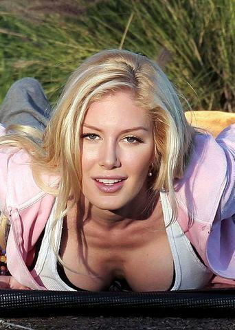 actress Heidi Montag Pratt young naked photography beach