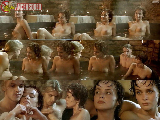 celebritie Izabella Scorupco young nudity photo home