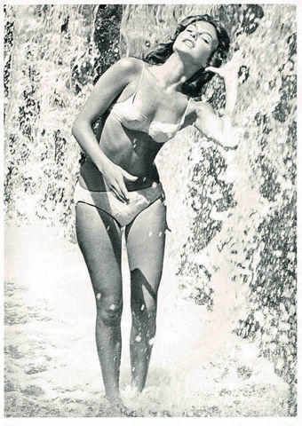 actress Rosemary Dexter 18 years unclad photography in public