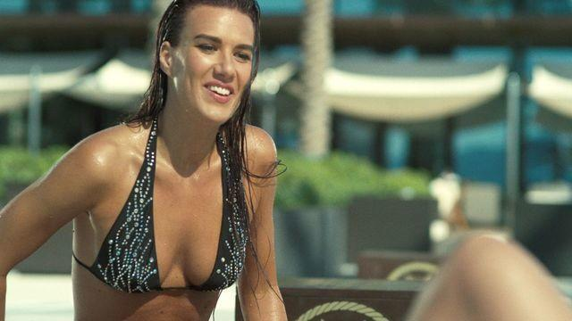 models Natalie Burn 22 years Without swimming suit photos beach