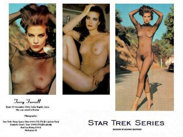 celebritie Terry Farrell 24 years in one's skin image in public