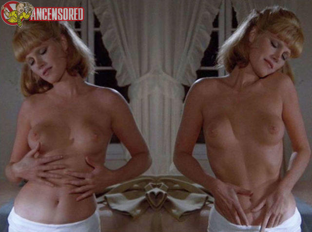 celebritie Mary Louise Weller 20 years arousing image beach