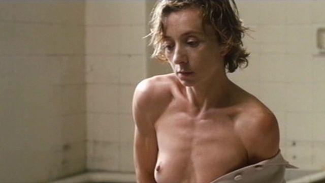 Hot photos Sylvie Testud tits
