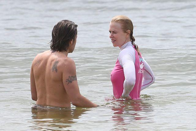 actress Nicole Kidman 24 years impassioned snapshot beach