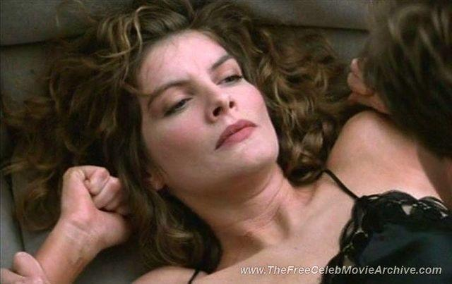 Rene Russo topless photo