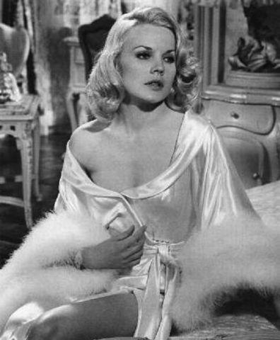 actress Carroll Baker 2015 uncovered photo in public