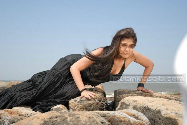 models Nayantara 25 years k naked photography home