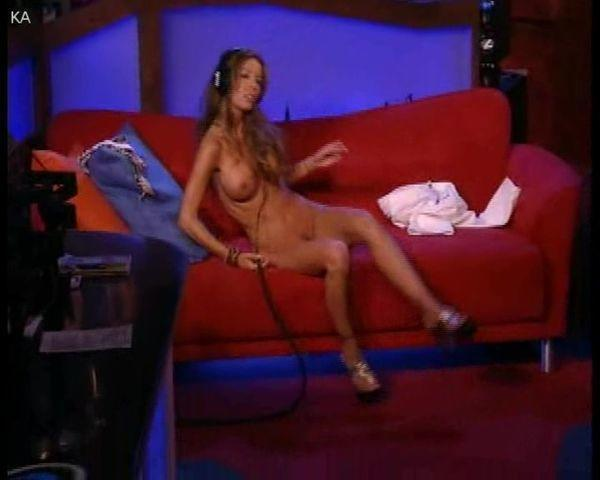 actress Tabitha Stevens 25 years nude art photos in public