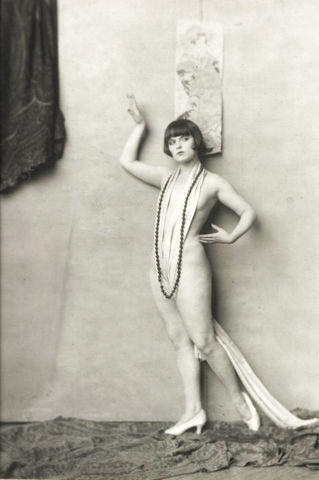Louise Brooks nude snapshot