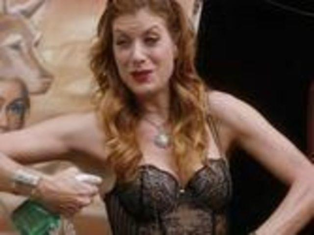Sexy Kate Walsh pics HQ