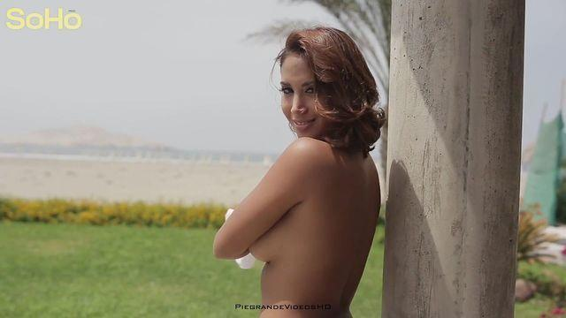 Melissa Parades topless picture