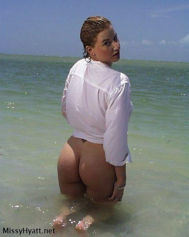 models Tammy Sytch 18 years provocative foto in public