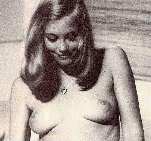 models Cybill Shepherd 22 years Without brassiere photos in public