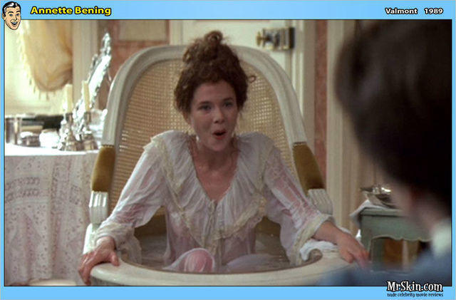 actress Annette Bening 21 years raunchy photos home