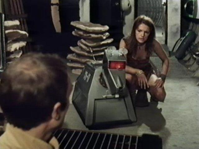 actress Louise Jameson teen lascivious image in the club