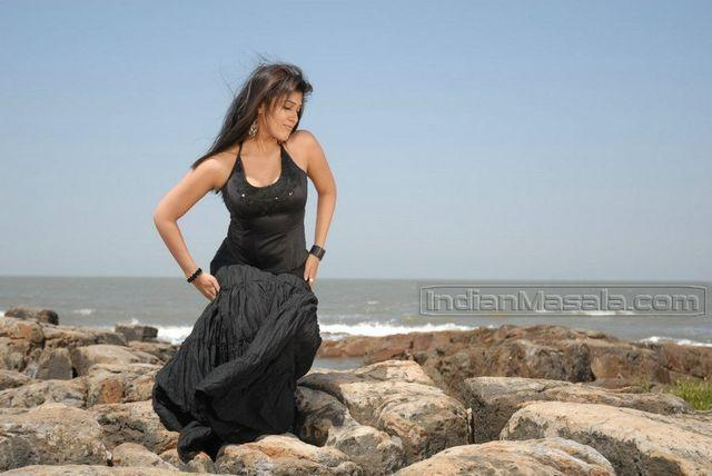 models Nayantara 22 years stripped photoshoot beach