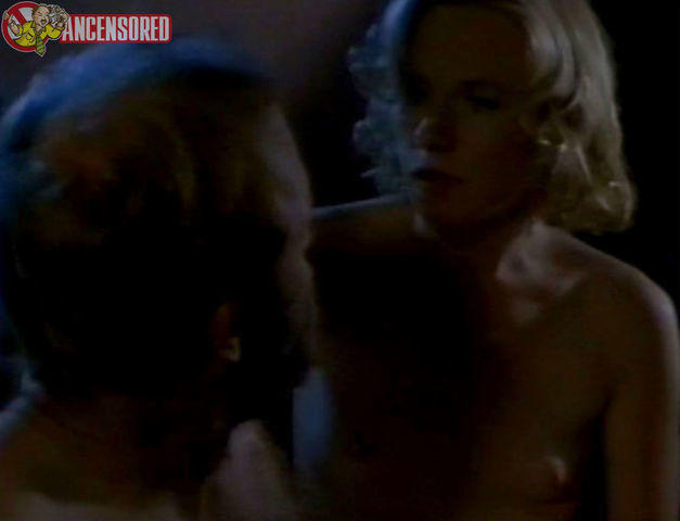 Amy Madigan topless picture