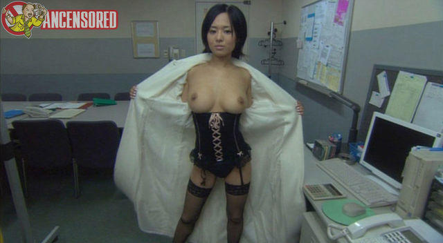 celebritie Sola Aoi 25 years Without bra snapshot in the club