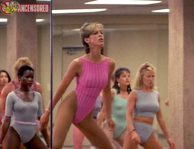celebritie Jamie Lee Curtis young sexual image beach