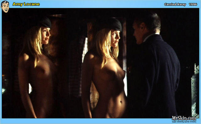 models Amy Locane 25 years in the buff image in public