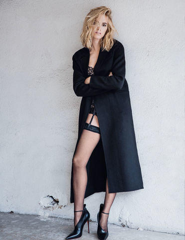 Hot photos Emily Wickersham tits