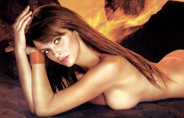 Naked Izabella Scorupco photo