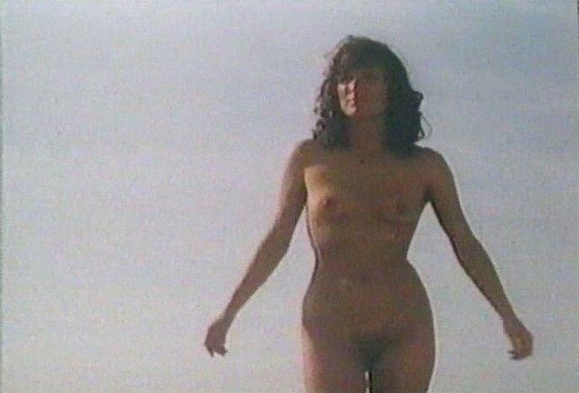 actress Linda van Dyck young buck naked picture in the club