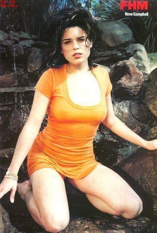 Sexy Neve Campbell snapshot High Definition