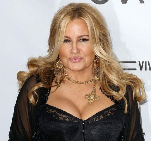 actress Jennifer Coolidge 24 years risqué picture home