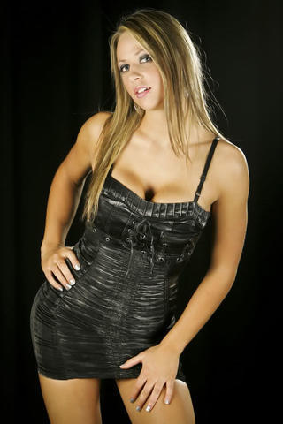 Sexy Tenille Dashwood image high density