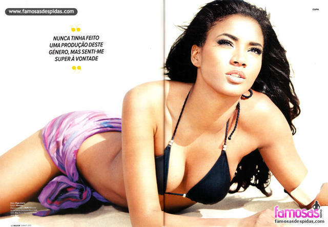 Naked Leila Lopes photoshoot