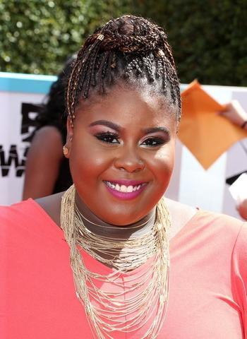 celebritie Raven Goodwin 19 years overt photos in the club