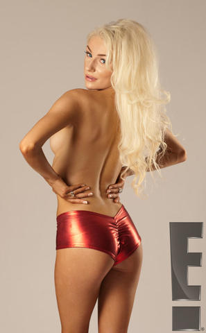 models Courtney Stodden 21 years seductive image in public