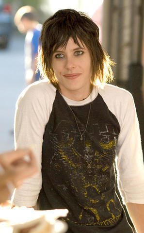 models Katherine Moennig 23 years uncovered photo in public
