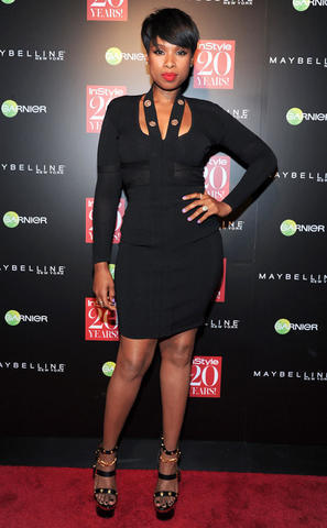celebritie Jennifer Hudson 22 years exposed picture beach