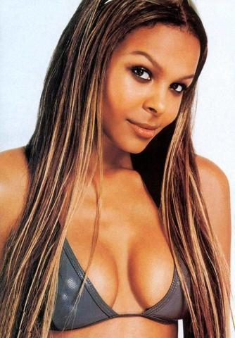 celebritie Samantha Mumba young in one's skin pics in the club