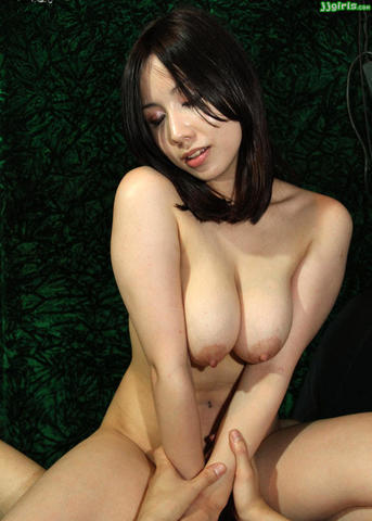 models Yui Aikawa 24 years sensuous art in the club