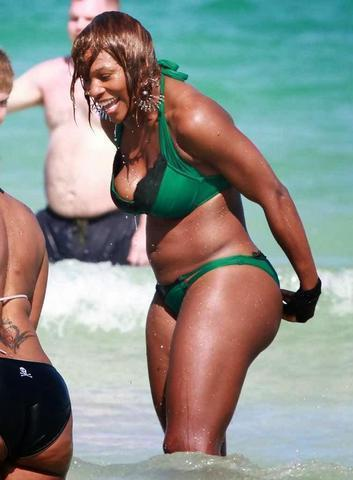 models Serena Williams 24 years exposed pics in public