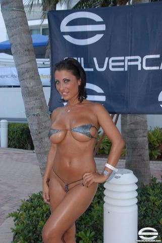 models Tamela D'Amico 25 years nipple snapshot beach